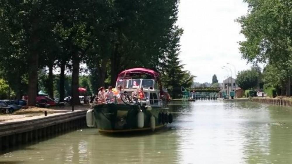 Verhuur Motorboot in Parijs - Valkkruiser 11m