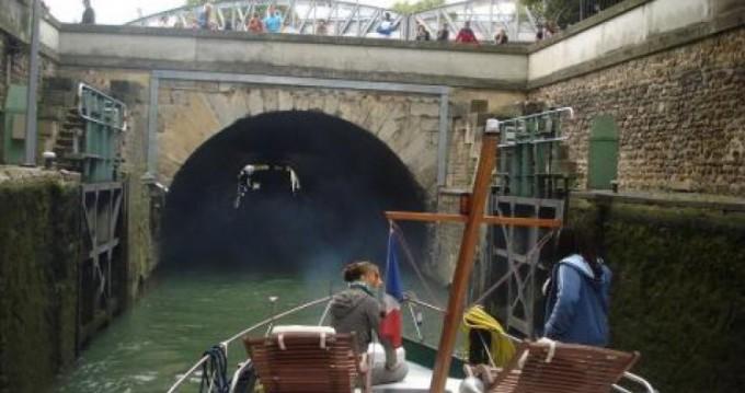Louer Bateau à moteur avec ou sans skipper Valkkruiser à Paris