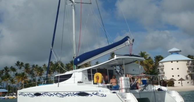 Location yacht à Le Marin - Fountaine Pajot Mahe 36 Evolution sur SamBoat