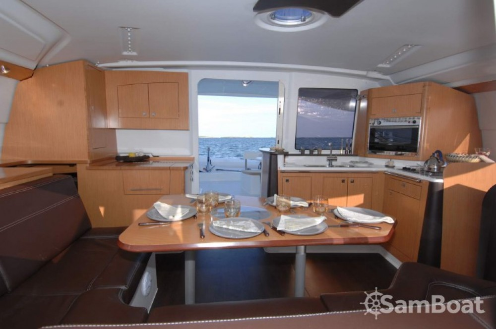 Alquiler de barcos Fountaine Pajot Lipari 41 enLe Marin en Samboat