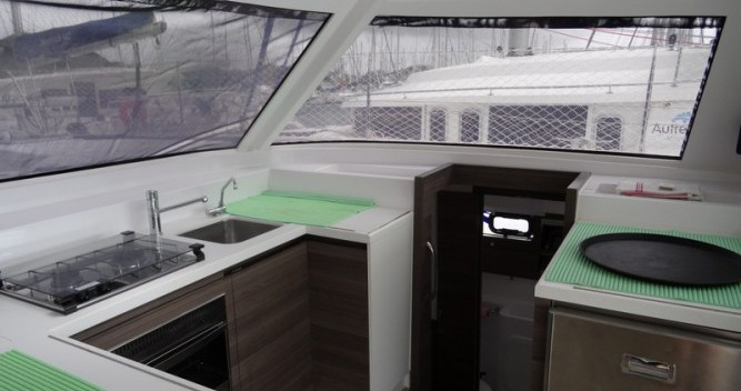 Louer Catamaran avec ou sans skipper Nautitech à Le Marin