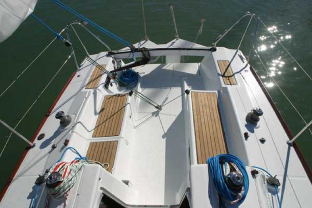 Location bateau Bénéteau First 27.7 à La Rochelle sur Samboat