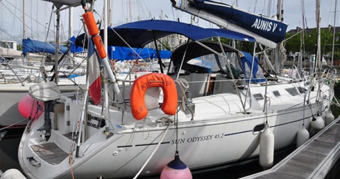 Louez un Jeanneau Sun Odyssey 45.2 à La Rochelle