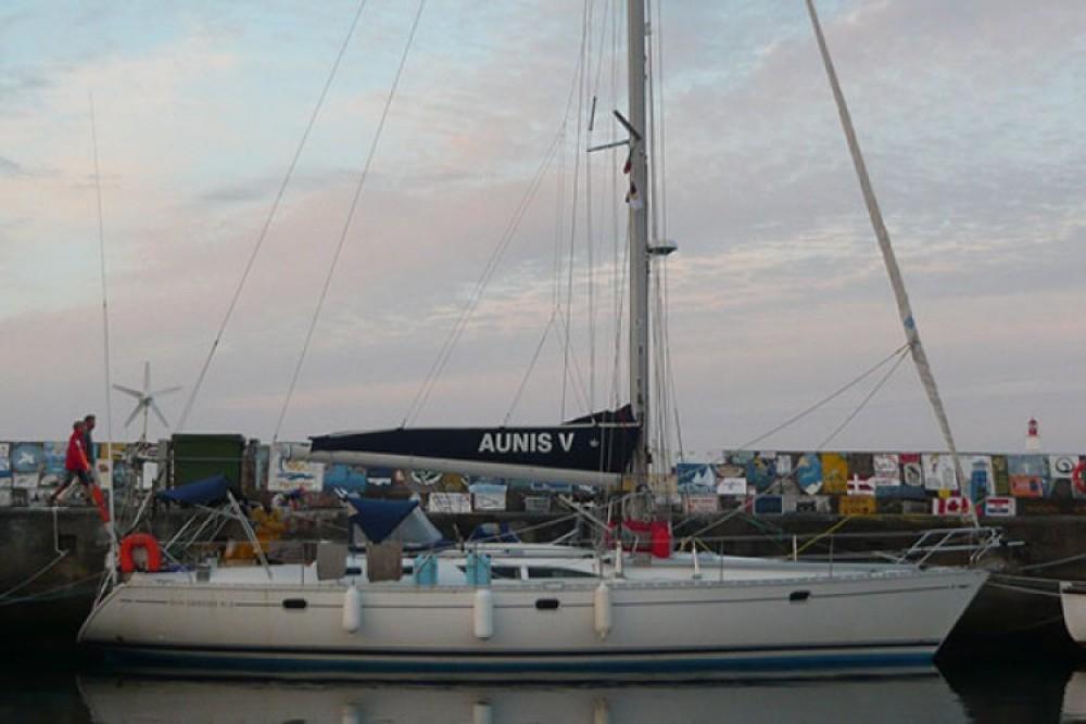 Rental Sailboat in La Rochelle - Jeanneau Sun Odyssey 45.2