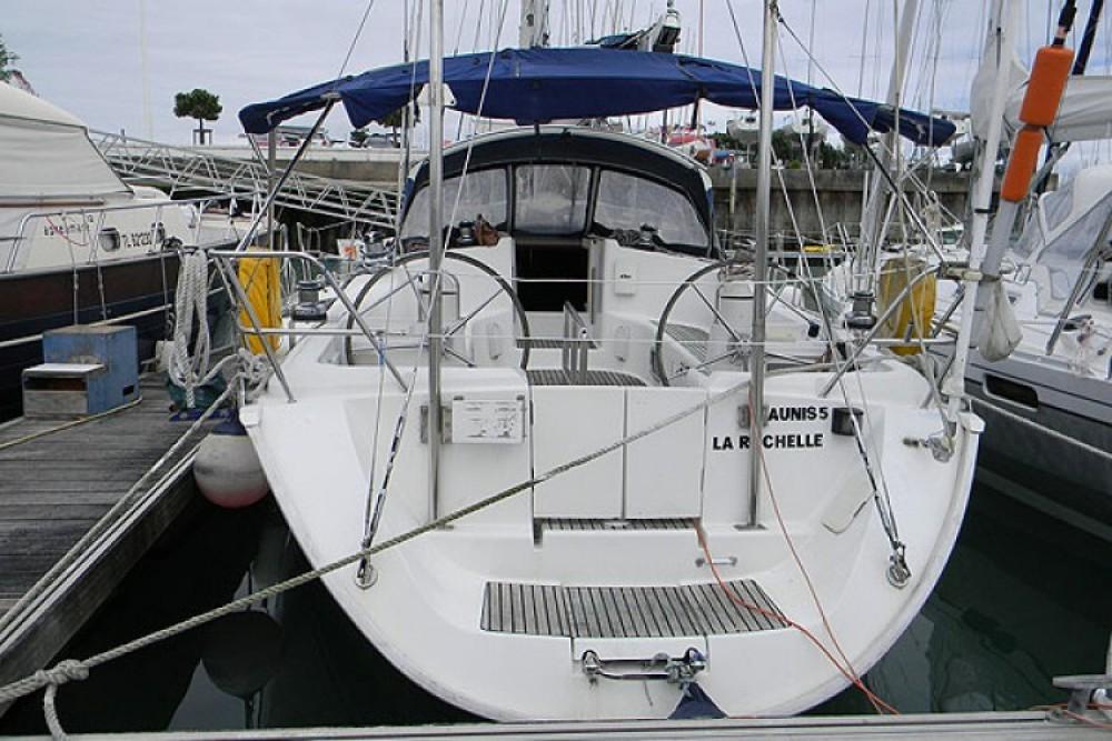 Boat rental Jeanneau Sun Odyssey 45.2 in La Rochelle on Samboat