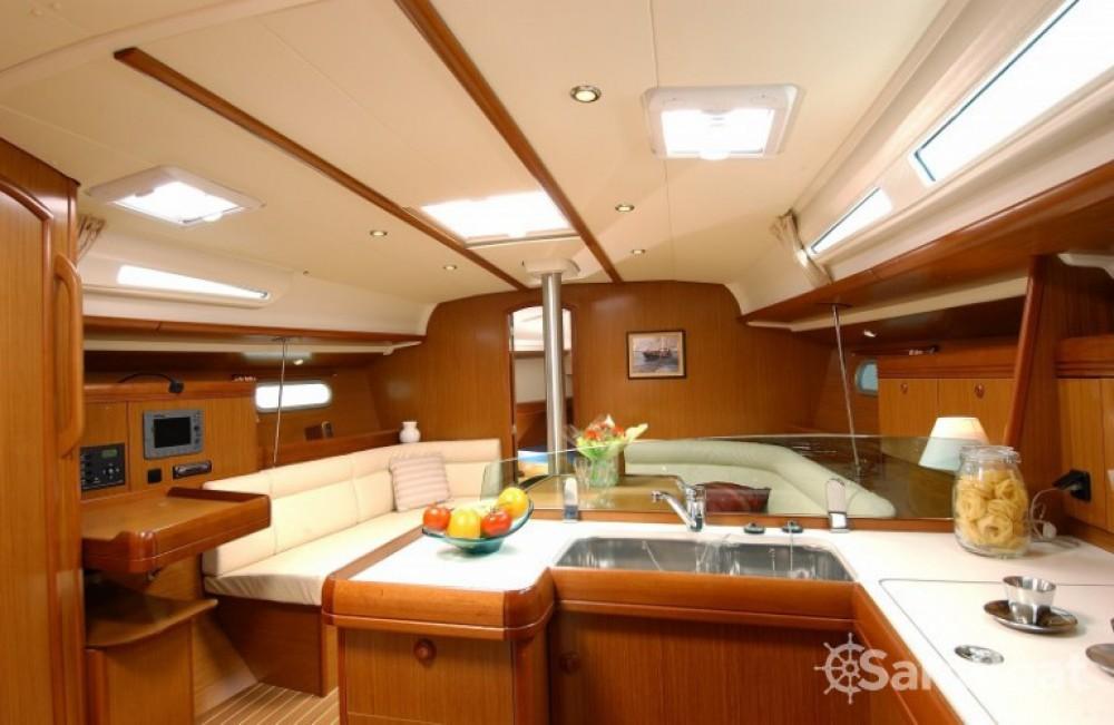 Jachthuur in Le Marin - Jeanneau Sun Odyssey 42i via SamBoat