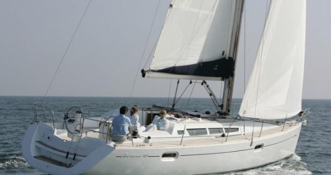Location bateau Jeanneau Sun Odyssey 42i à Le Marin sur Samboat