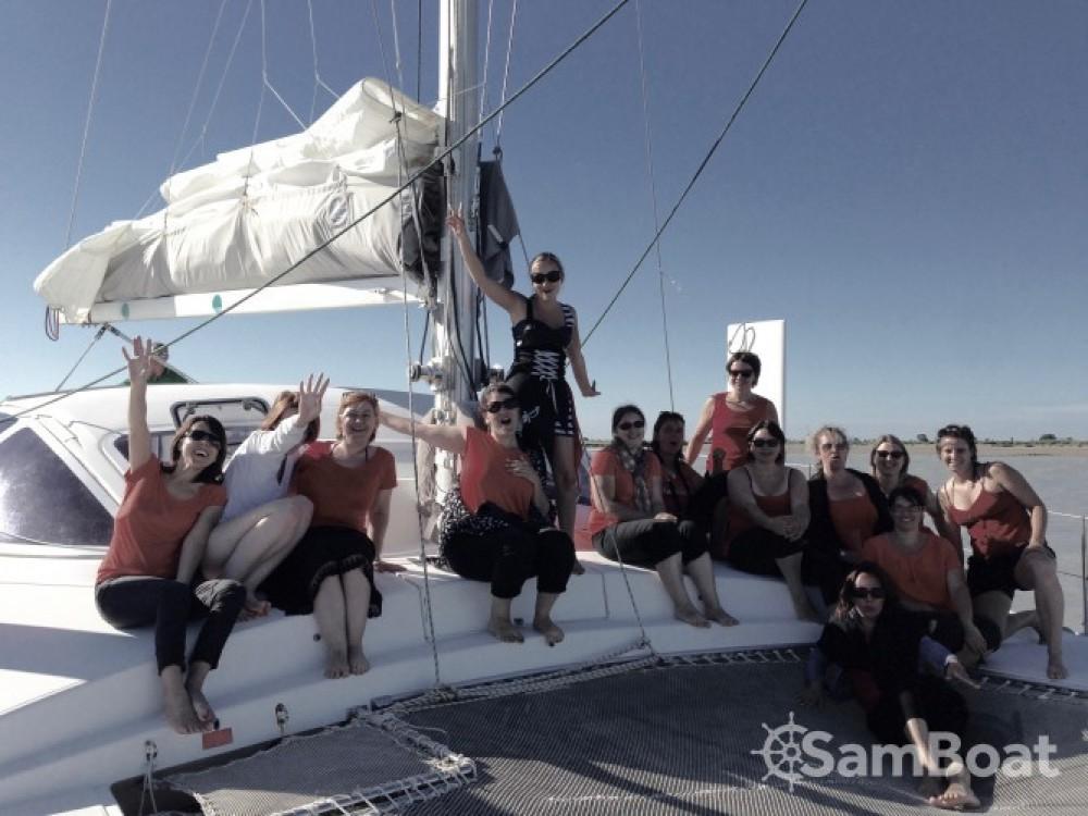 Noleggio barche La Rochelle economico Catana 381