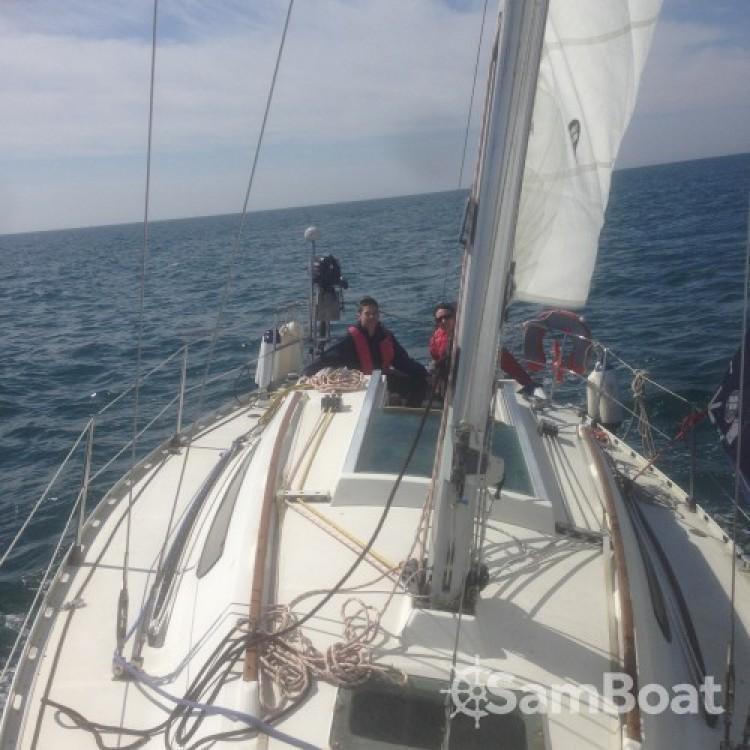 Segelboot mieten in Bénodet - Bénéteau First 305