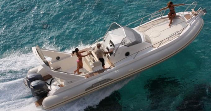 Location bateau Capelli Tempest 1000 WA à Ajaccio sur Samboat