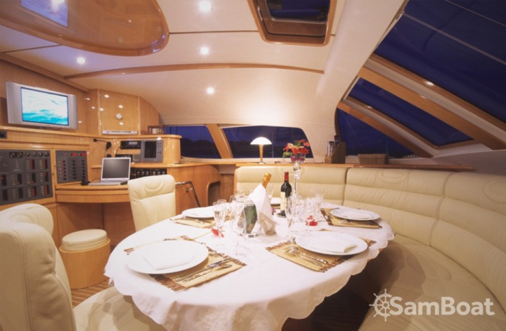 Location bateau Ajaccio pas cher Privilège 585