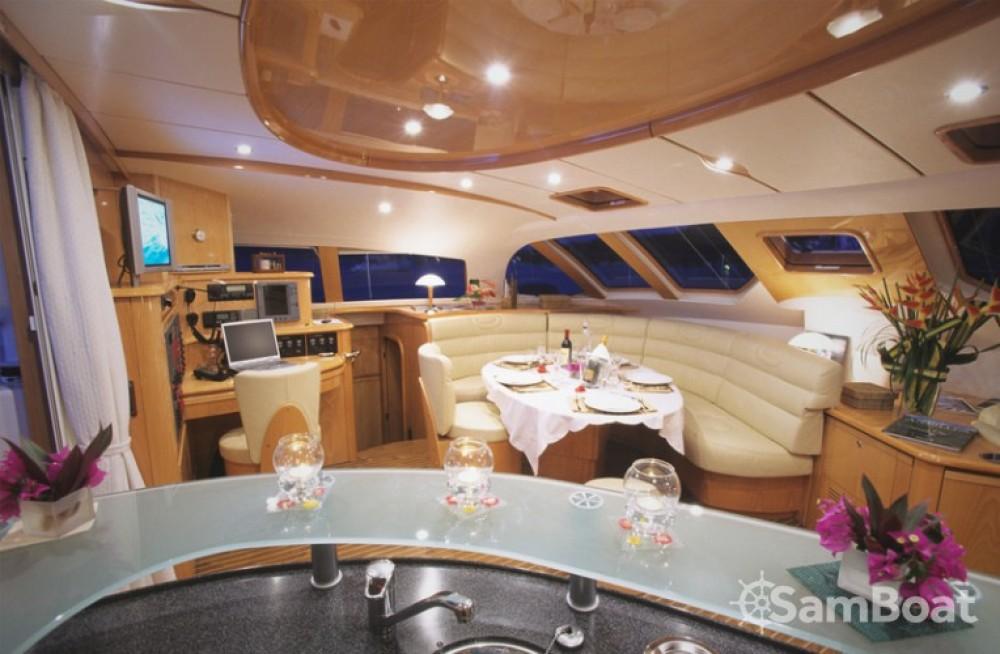 Location Catamaran à Ajaccio - Alliaura-Marine Privilège 585