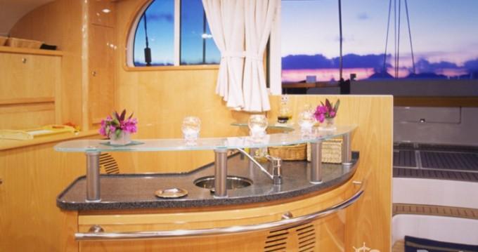 Louer Catamaran avec ou sans skipper Alliaura-Marine à Ajaccio