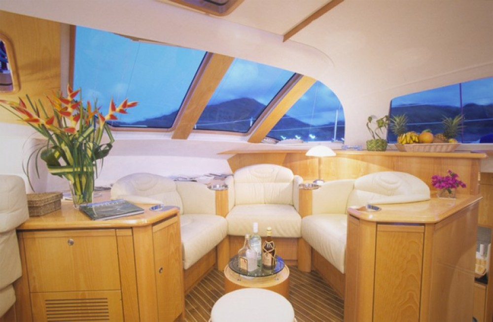 Location yacht à Ajaccio - Alliaura-Marine Privilège 585 sur SamBoat
