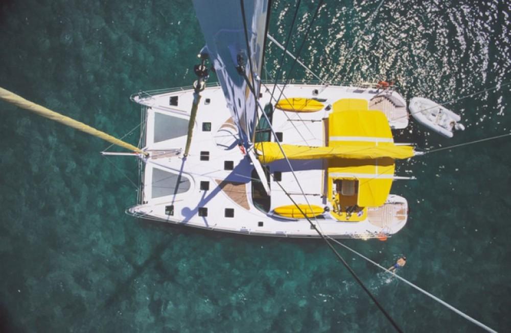 Louez un Alliaura-Marine Privilège 585 à Ajaccio