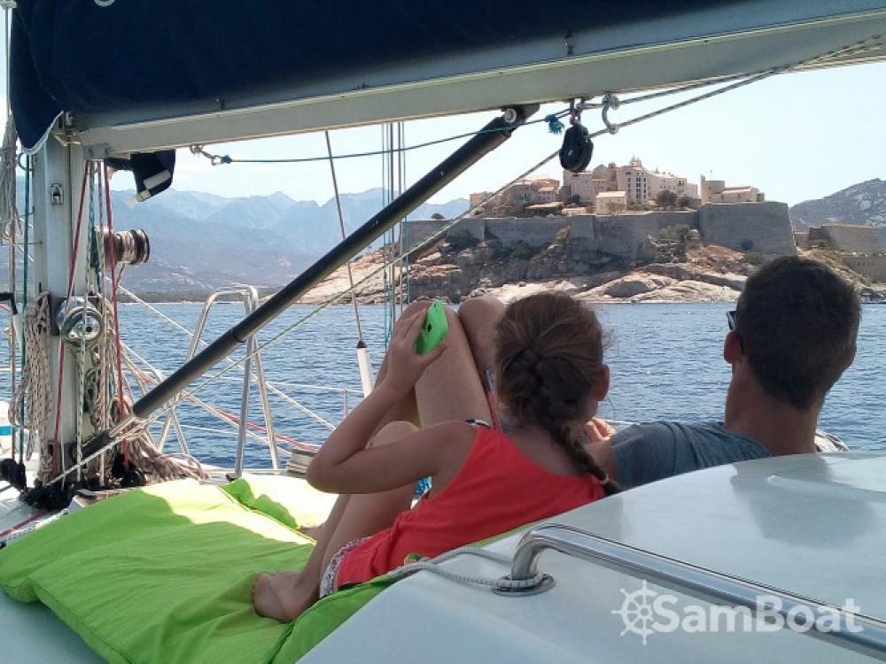 Location bateau Ajaccio pas cher First 456