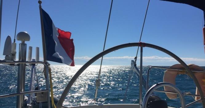 Louer Voilier avec ou sans skipper Bénéteau à Ajaccio