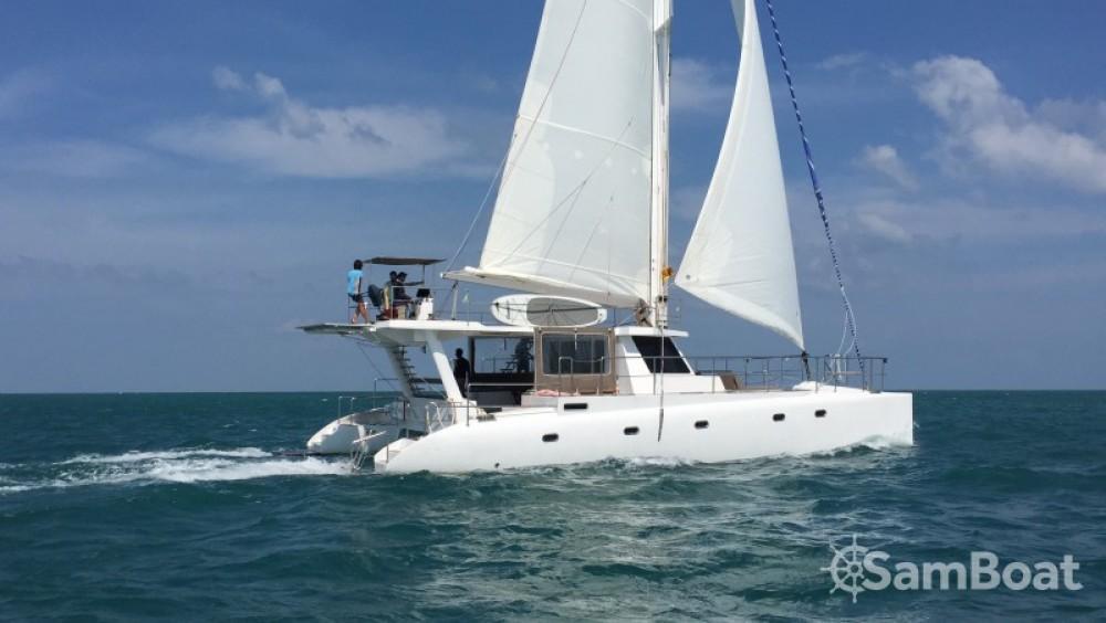 Location bateau Catamaran-Jade One off 52' à Galle sur Samboat