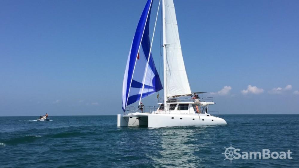 Bootsverleih Catamaran-Jade One off 52' Galle Samboat