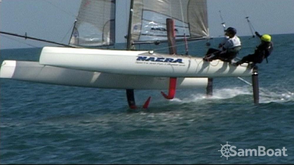 Location bateau La Grande-Motte pas cher Nacra F20 FCS