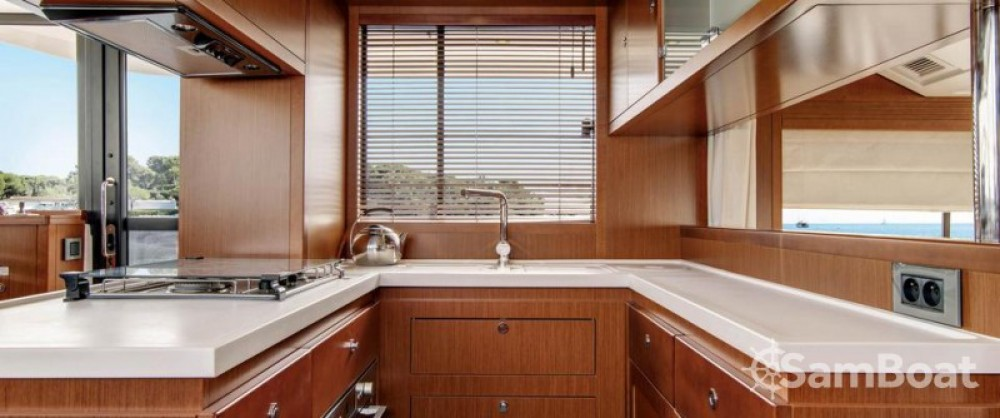 Bénéteau Swift Trawler 50 te huur van particulier of professional in Propriano