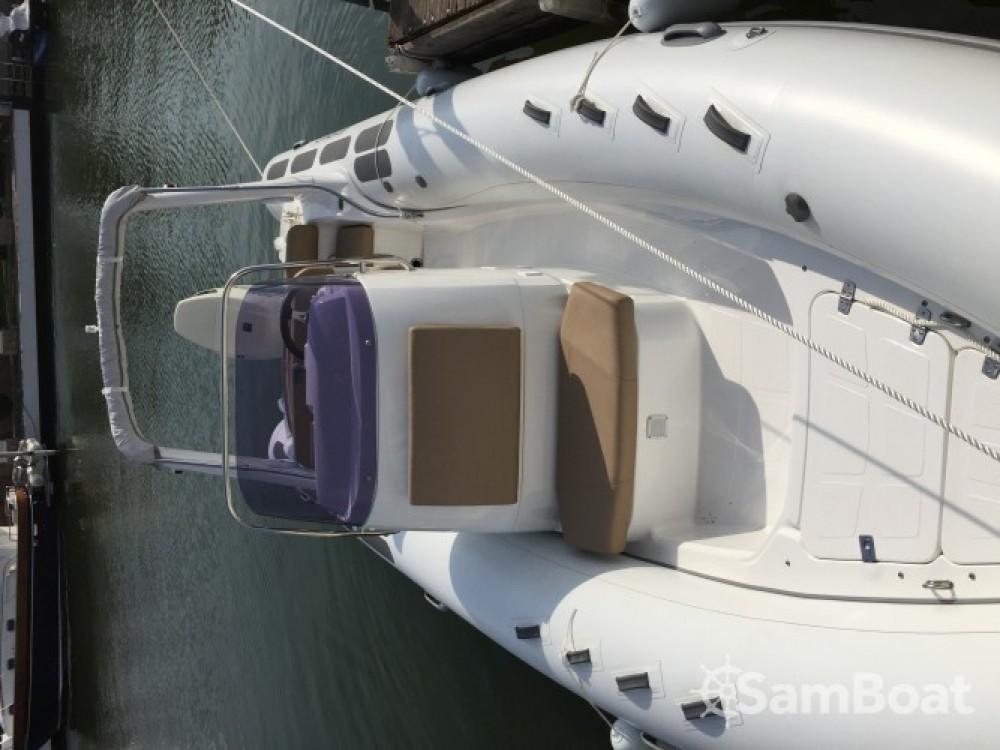 Schlauchboot mit oder ohne Skipper Brig mieten in Roses