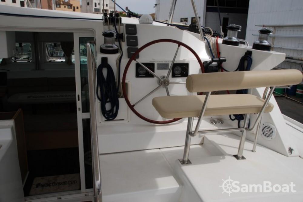 Boat rental Toulon cheap Lagoon 420