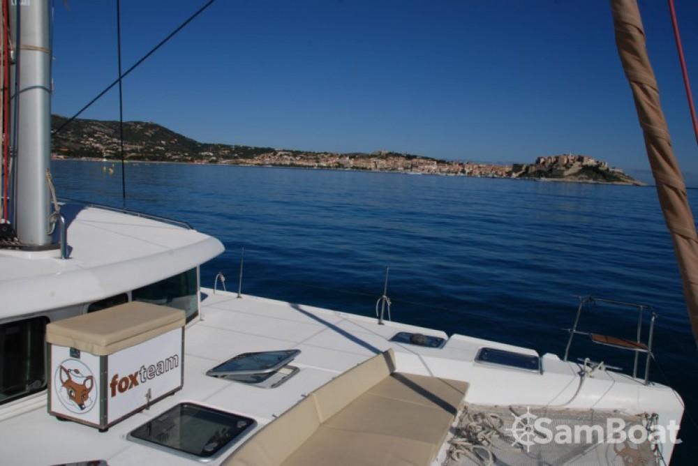Huur een Lagoon Lagoon 420 in Toulon