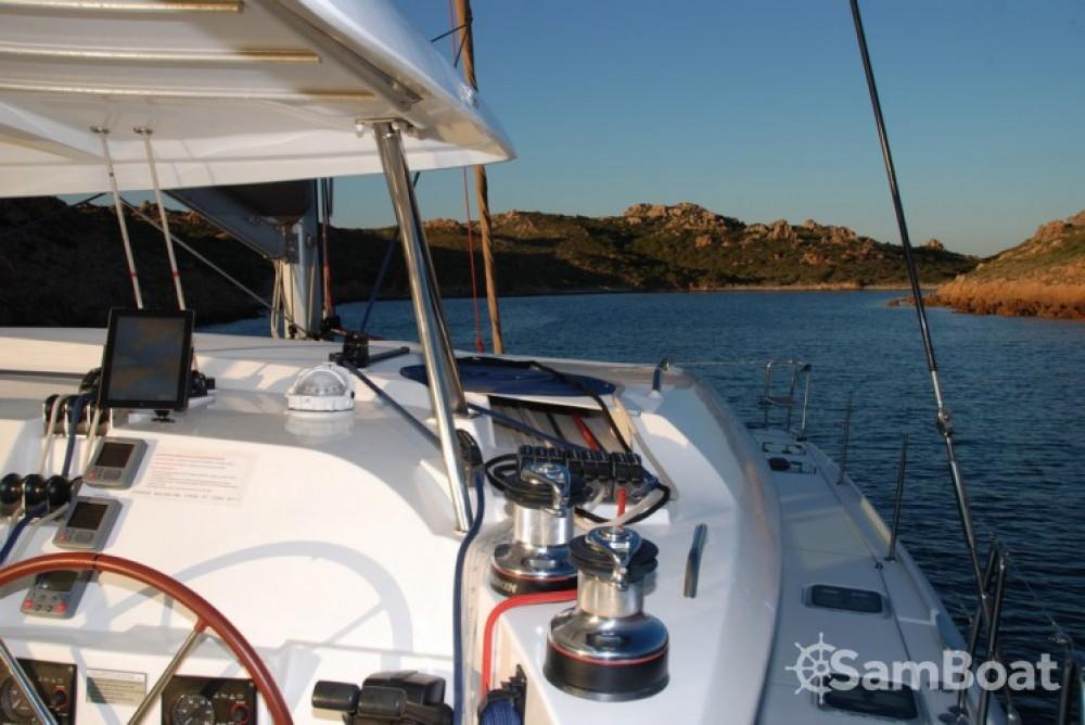 Bootverhuur Lagoon Lagoon 420 in Toulon via SamBoat