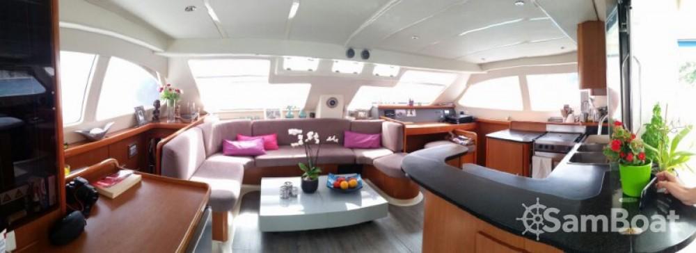 Alquiler de barcos Robertson and Caine Leopard 47 PC enBormes-les-Mimosas en Samboat