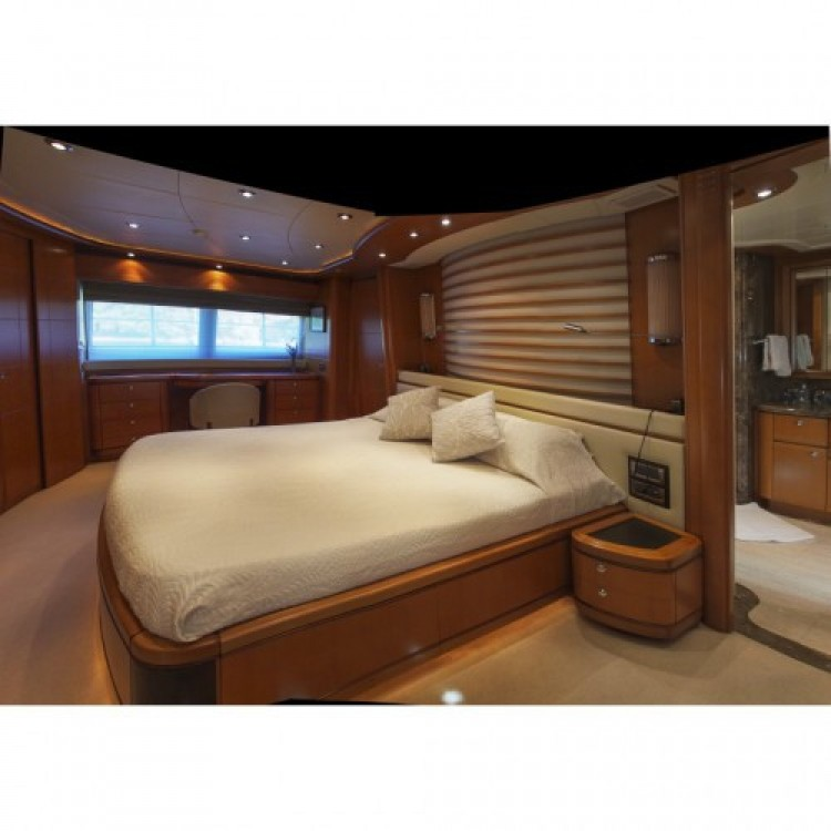 Location Yacht Crn-Yachts avec permis