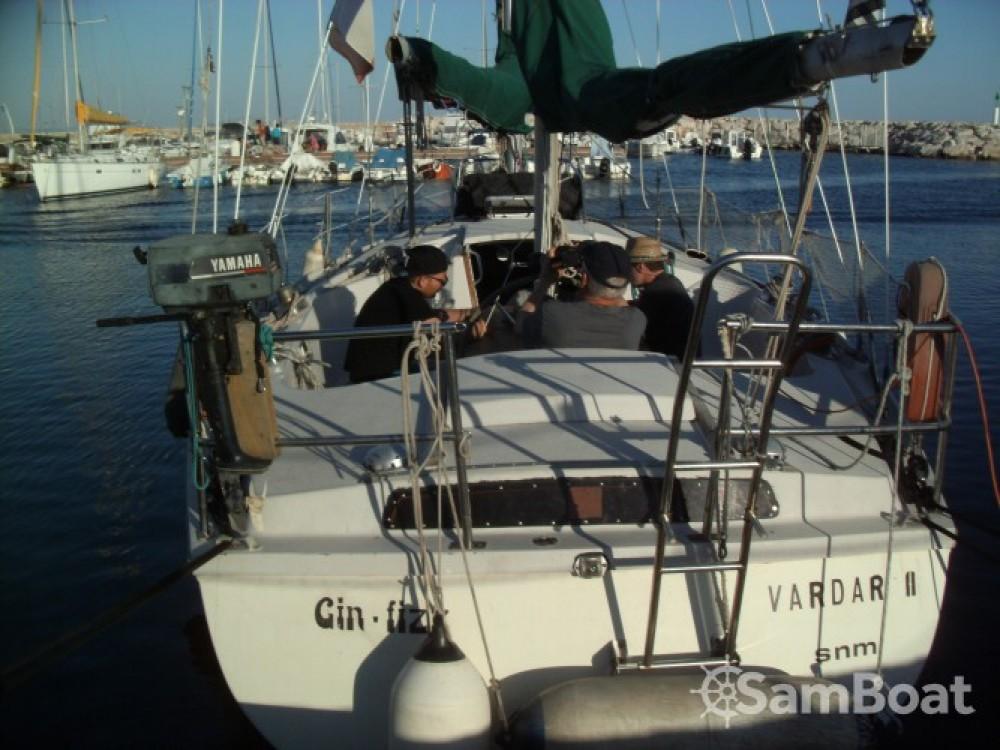 Location bateau Port des Sablons pas cher Gin Fizz Ketch