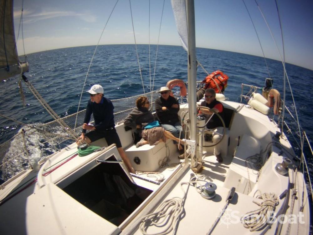 Rental Sailboat in Port des Sablons - Jeanneau Gin Fizz Ketch