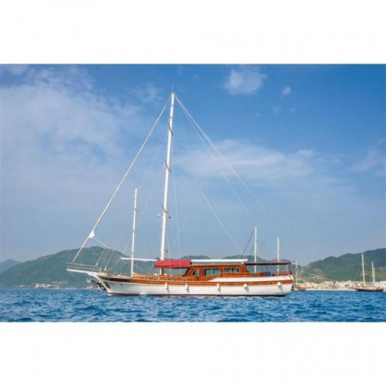 Vermietung Segelboot Deluxe-Yachts mit Führerschein