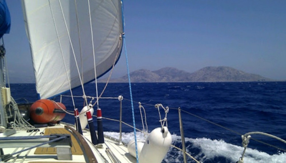Location bateau Lávrio pas cher Voyage 11.20
