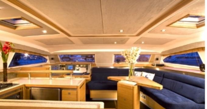 Louez un Catana Catana 50 Ocean Class à Marigot