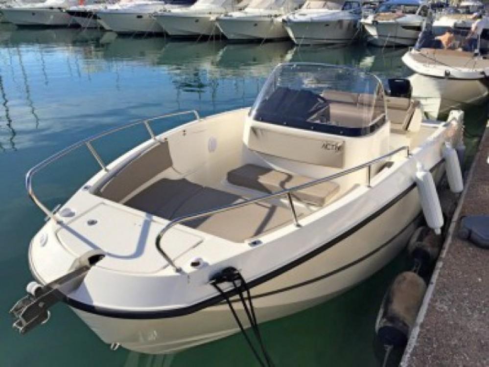 Huur Motorboot met of zonder schipper Quicksilver in Saint-Malo
