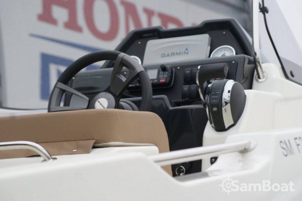 Location yacht à Saint-Malo - Quicksilver Activ 755 Open sur SamBoat