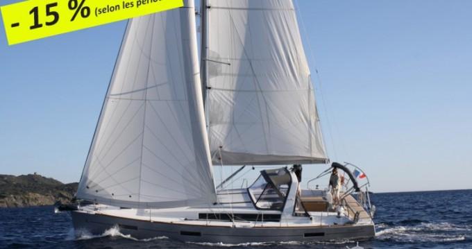 Louer Voilier avec ou sans skipper Bénéteau à Toulon