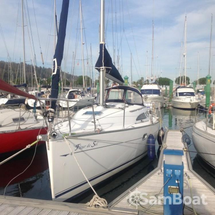 Bootsverleih Jeanneau Sun Odyssey 32 Hondarribia Samboat