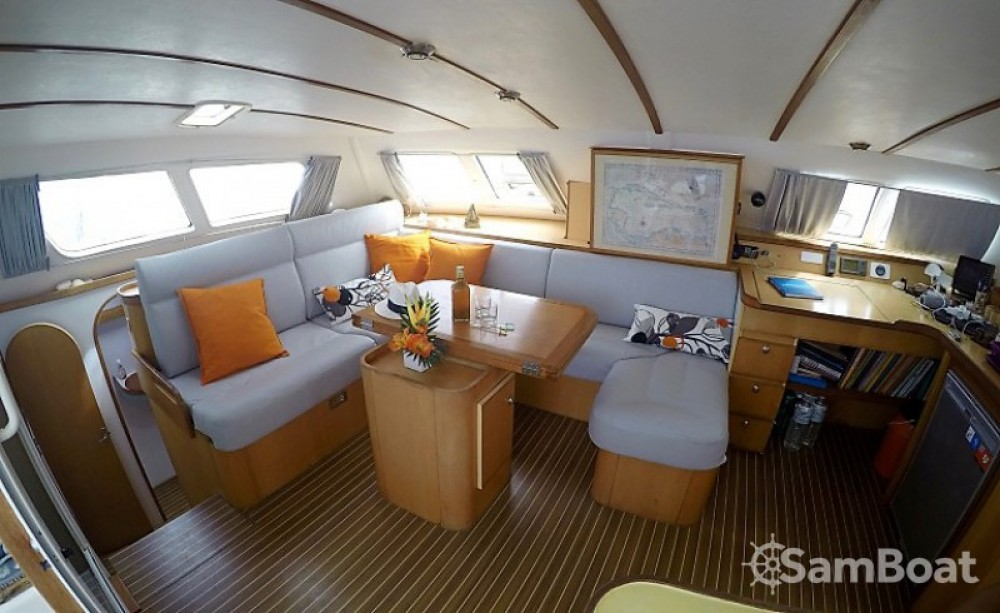 Rental Catamaran Switch-Catamarans with a permit