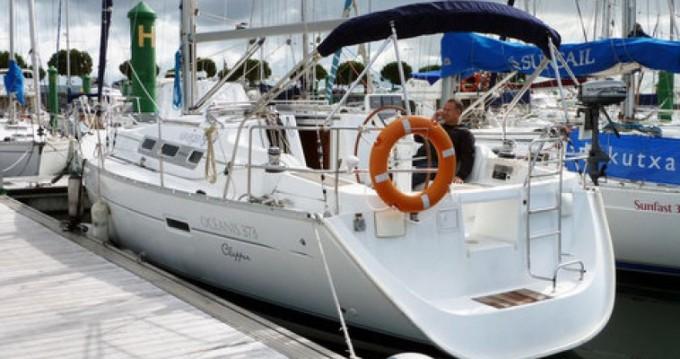 Louez un Bénéteau Oceanis 373 à Hondarribia