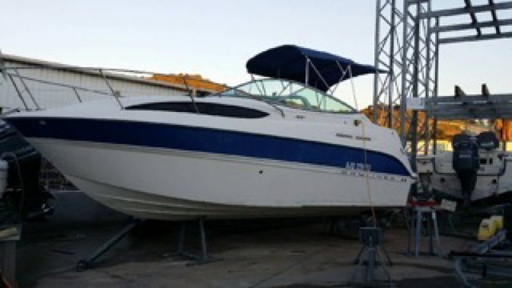 Hire Motor boat with or without skipper Bayliner Menton