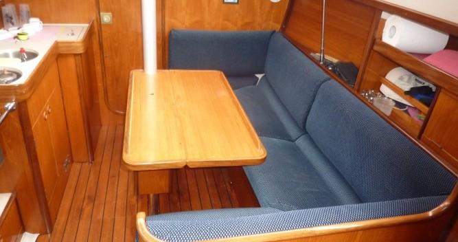 Location yacht à Mortagne-sur-Gironde - Bénéteau Oceanis 320 sur SamBoat
