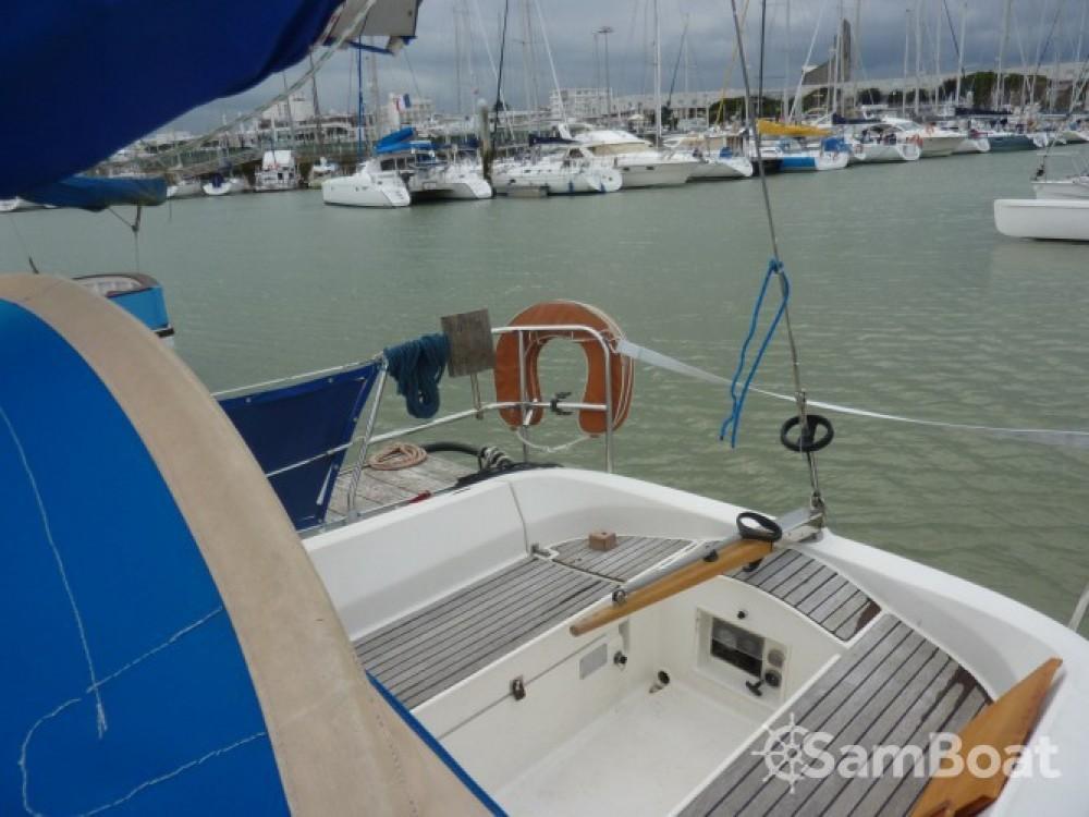 Rental yacht Mortagne-sur-Gironde - Bénéteau Oceanis 320 on SamBoat