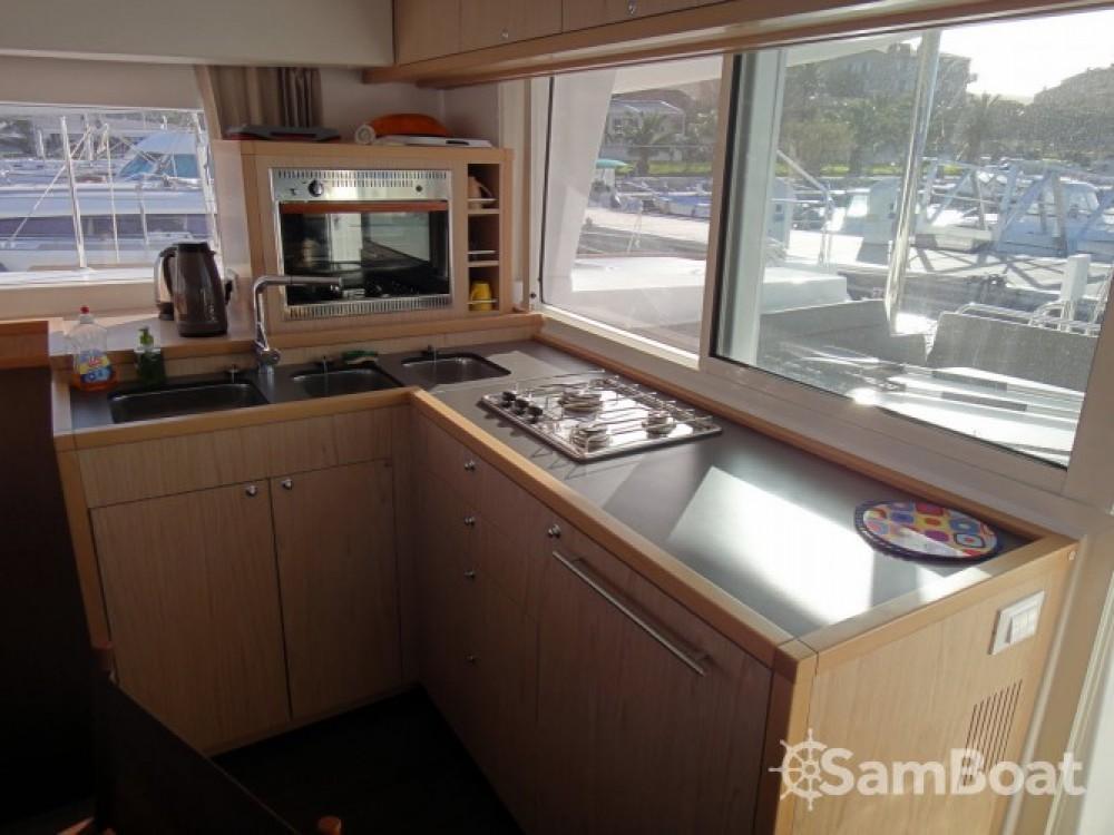 Huur Catamaran met of zonder schipper Lagoon in Propriano