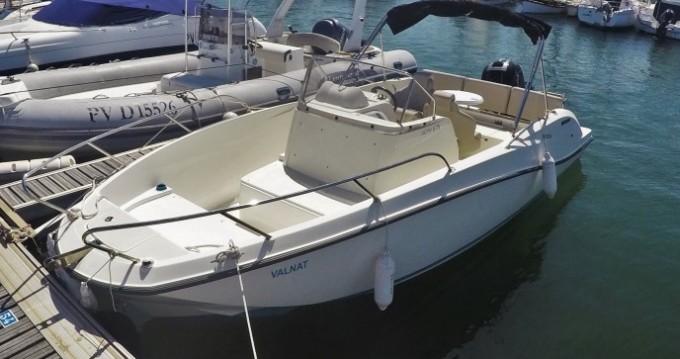 Location bateau Argelès-sur-Mer pas cher Activ 675 Open