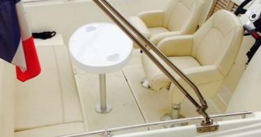 Location Bateau à moteur à Cannes - Jeanneau Cap Camarat 635