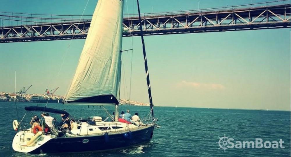 Louer Voilier avec ou sans skipper Jeanneau à Lisbonne