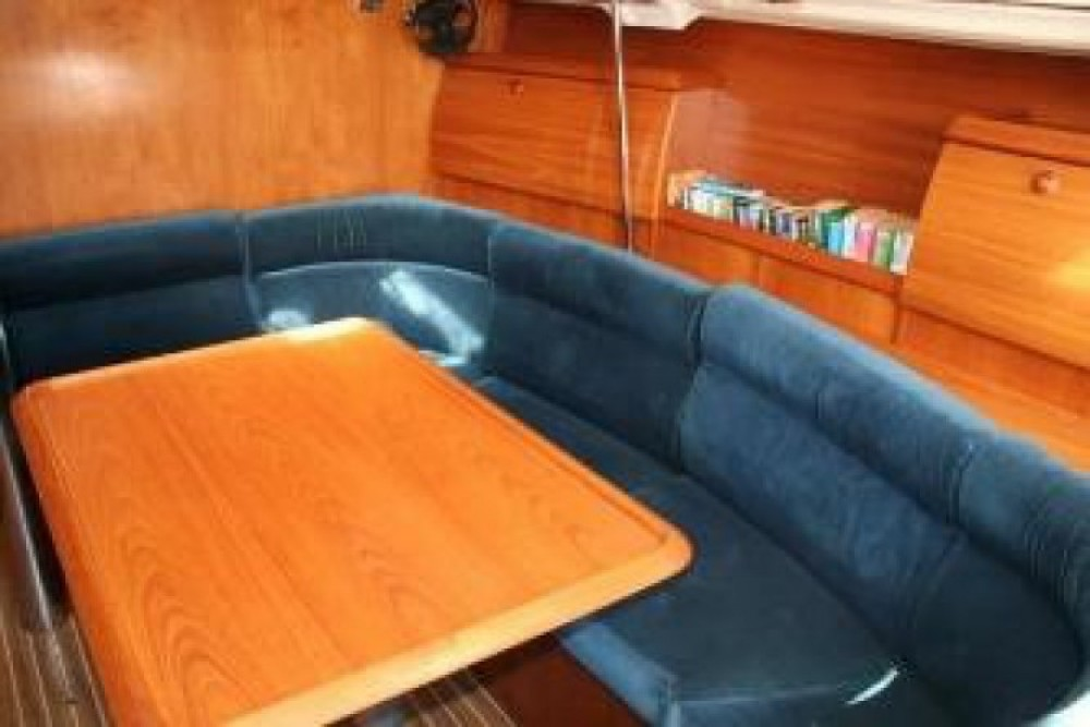 Alquiler de Bavaria Cruiser 37 en Lisboa